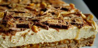 Jak zrobić ciasto Snikers?