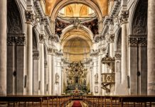 sennik kościół
