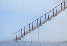sennik schody